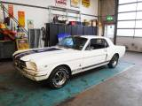 Ford Mustang 260