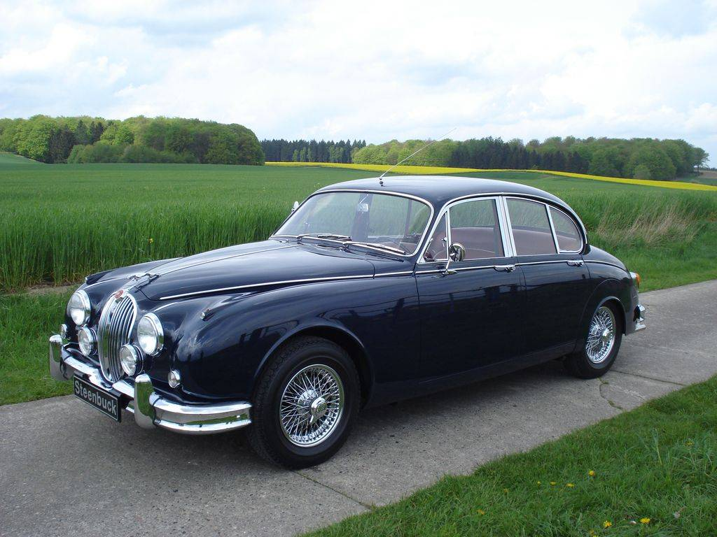 For Sale: Jaguar Mk II 3.4 (1967) offered for GBP 52,724