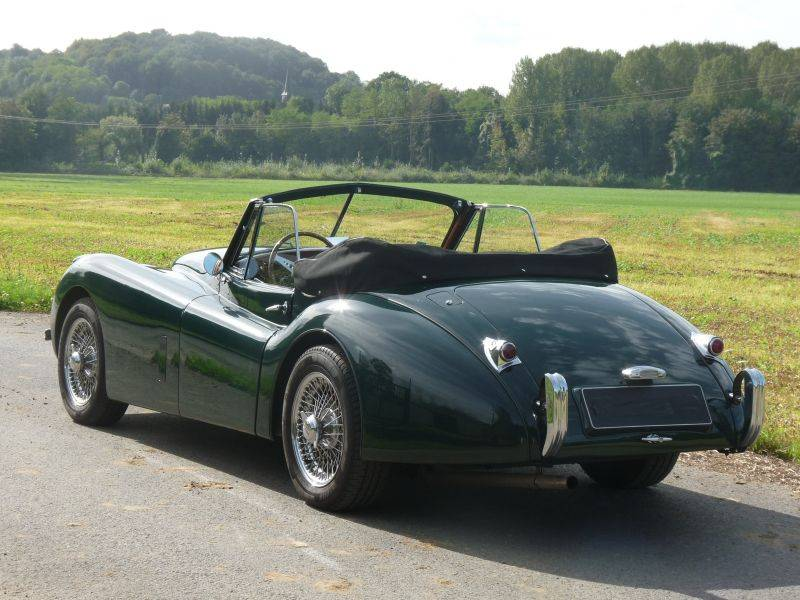 jaguar xk 120 dhc 1953 en vente classic trader. Black Bedroom Furniture Sets. Home Design Ideas