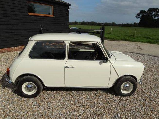 for sale austin mini cooper 39 s 39 1275 1968 offered for gbp 8 750. Black Bedroom Furniture Sets. Home Design Ideas