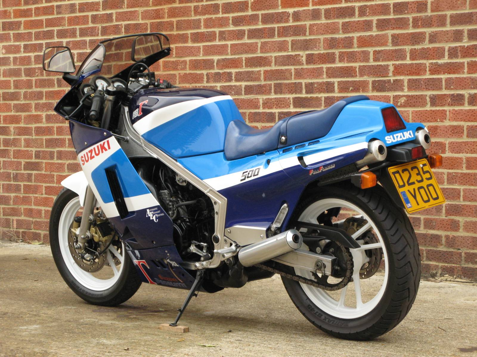 For Sale: Suzuki RG 500 Gamma (1986) offered for AUD 31,960