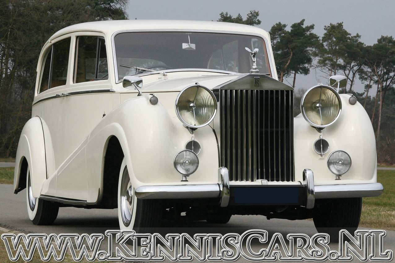 for sale rolls royce silver wraith 1954 offered for gbp. Black Bedroom Furniture Sets. Home Design Ideas