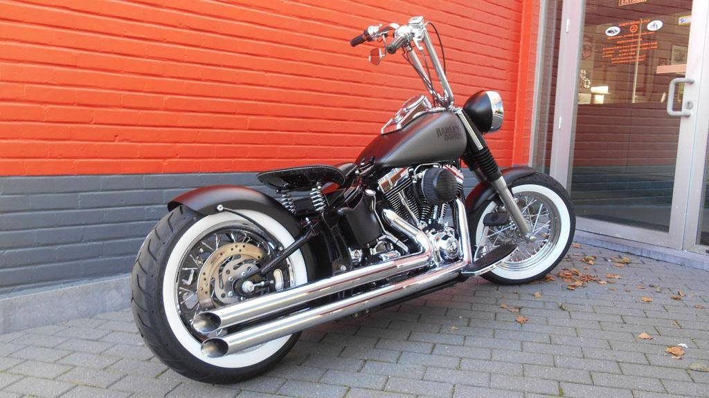 Harley-Davidson FXSTBI Softail Night Train