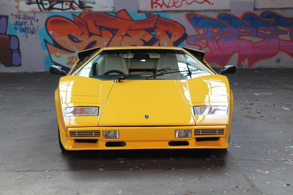 lamborghini countach lp 500 s 1983 for sale classic trader. Black Bedroom Furniture Sets. Home Design Ideas