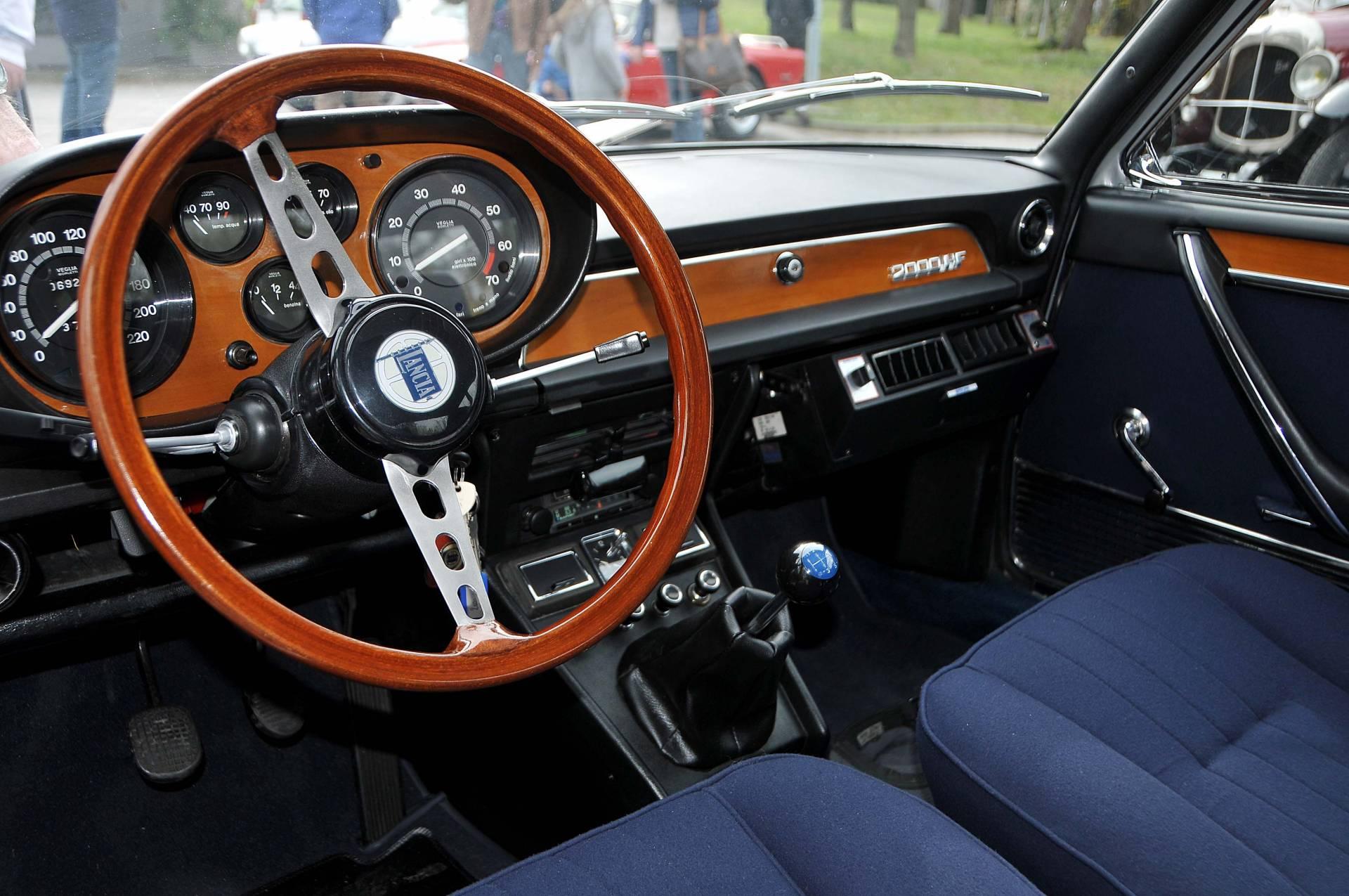 lancia 2000 coupe hf  1973  in vendita