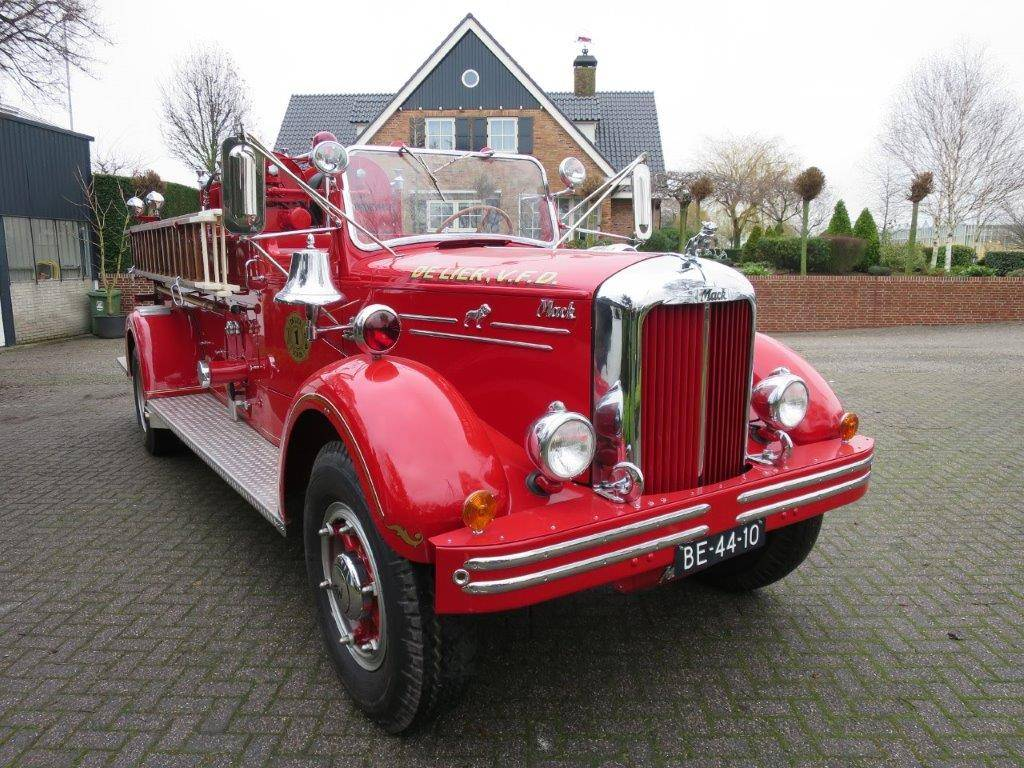 Mack Type 75 A Fire Truck (1942) for Sale - Classic Trader