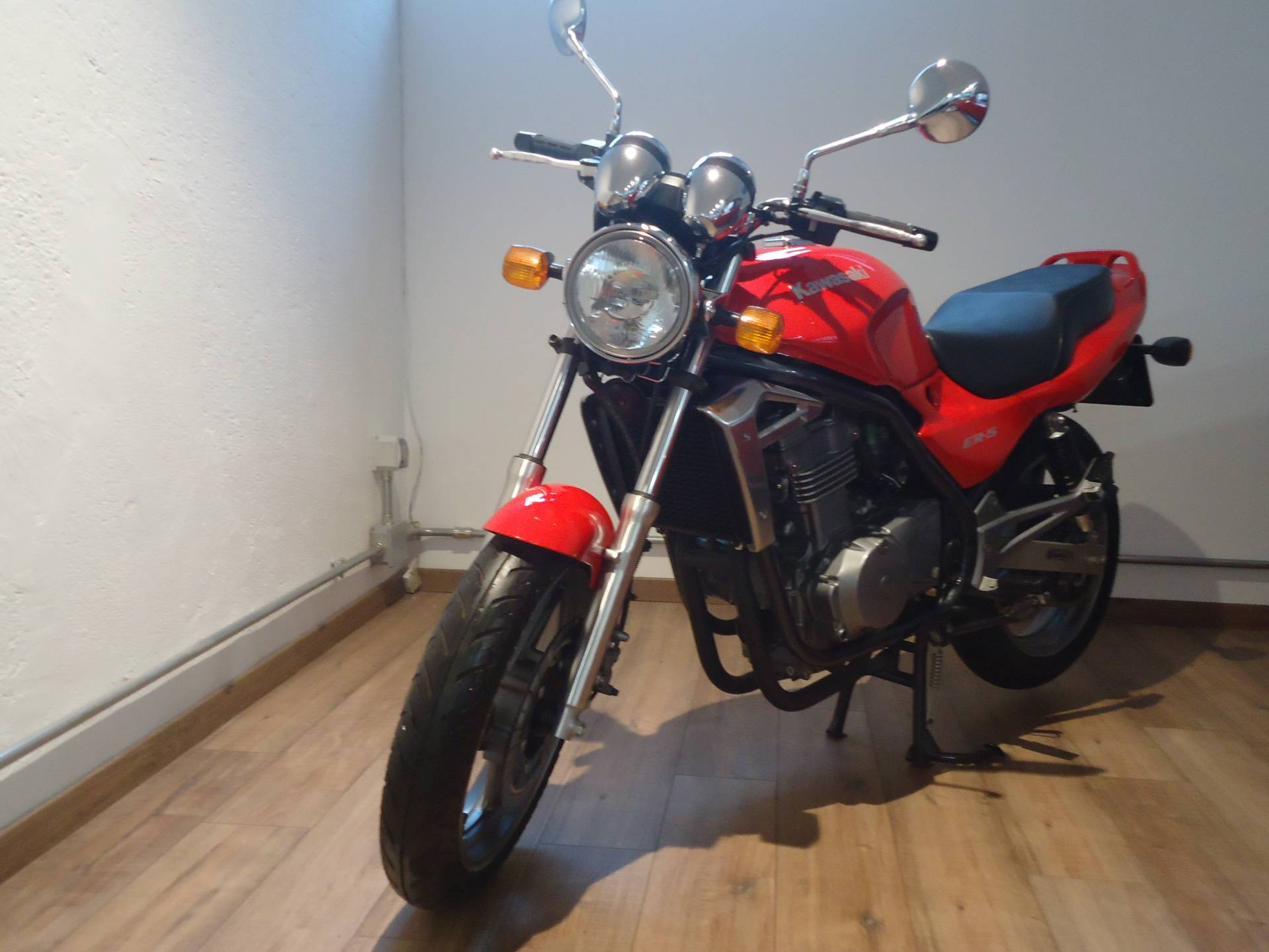 For Sale Kawasaki Er 5 1997 Offered Gbp 3976 Not Carrying The Gt4 Suspension Whether Disc Or Drum On Rear Come Uscita Dalla Concessionaria