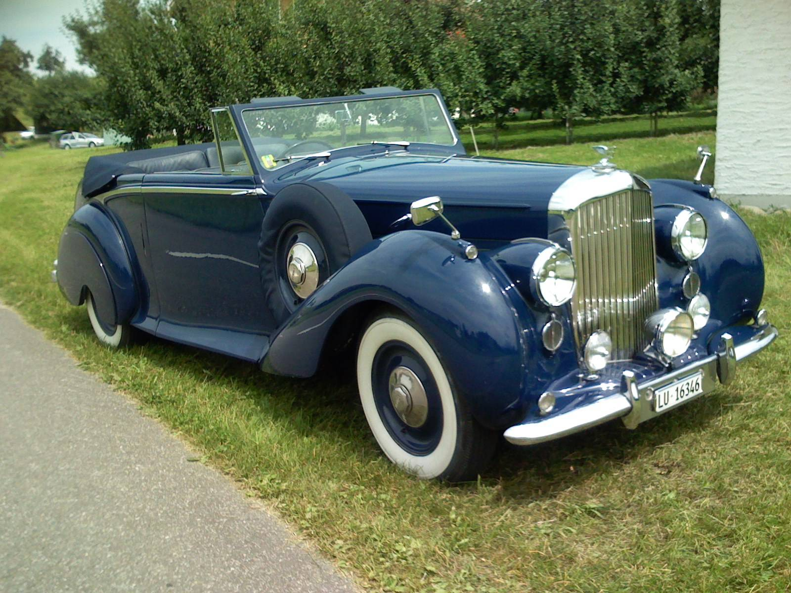 Bentley Mark VI Park Ward - Front