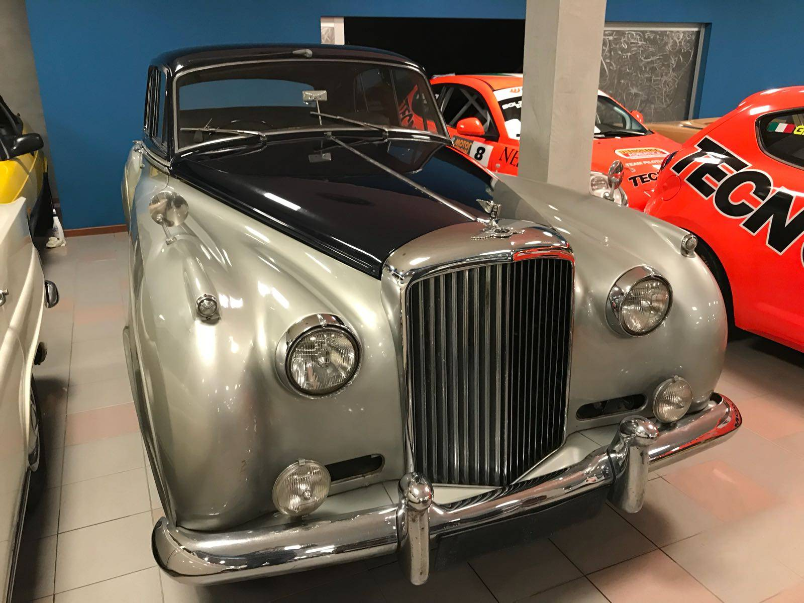 For Sale: Bentley S 2 (1962) offered for GBP 11,216