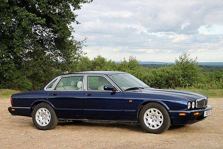 For Sale Jaguar Xj 8 Executive 2000 Offered For Gbp 8 995