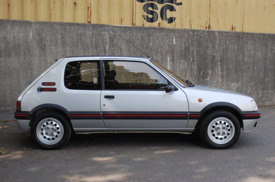 Vloermat 205 Gti.For Sale Peugeot 205 Gti 1 6 1990 Offered For Gbp 12 950