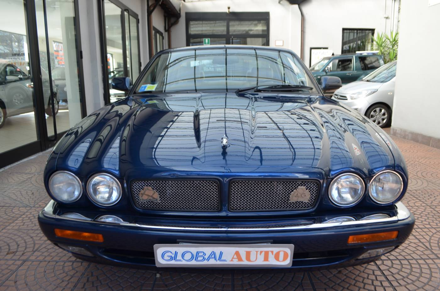 jaguar xjr 4 0 supercharged 1995 in vendita a eur. Black Bedroom Furniture Sets. Home Design Ideas