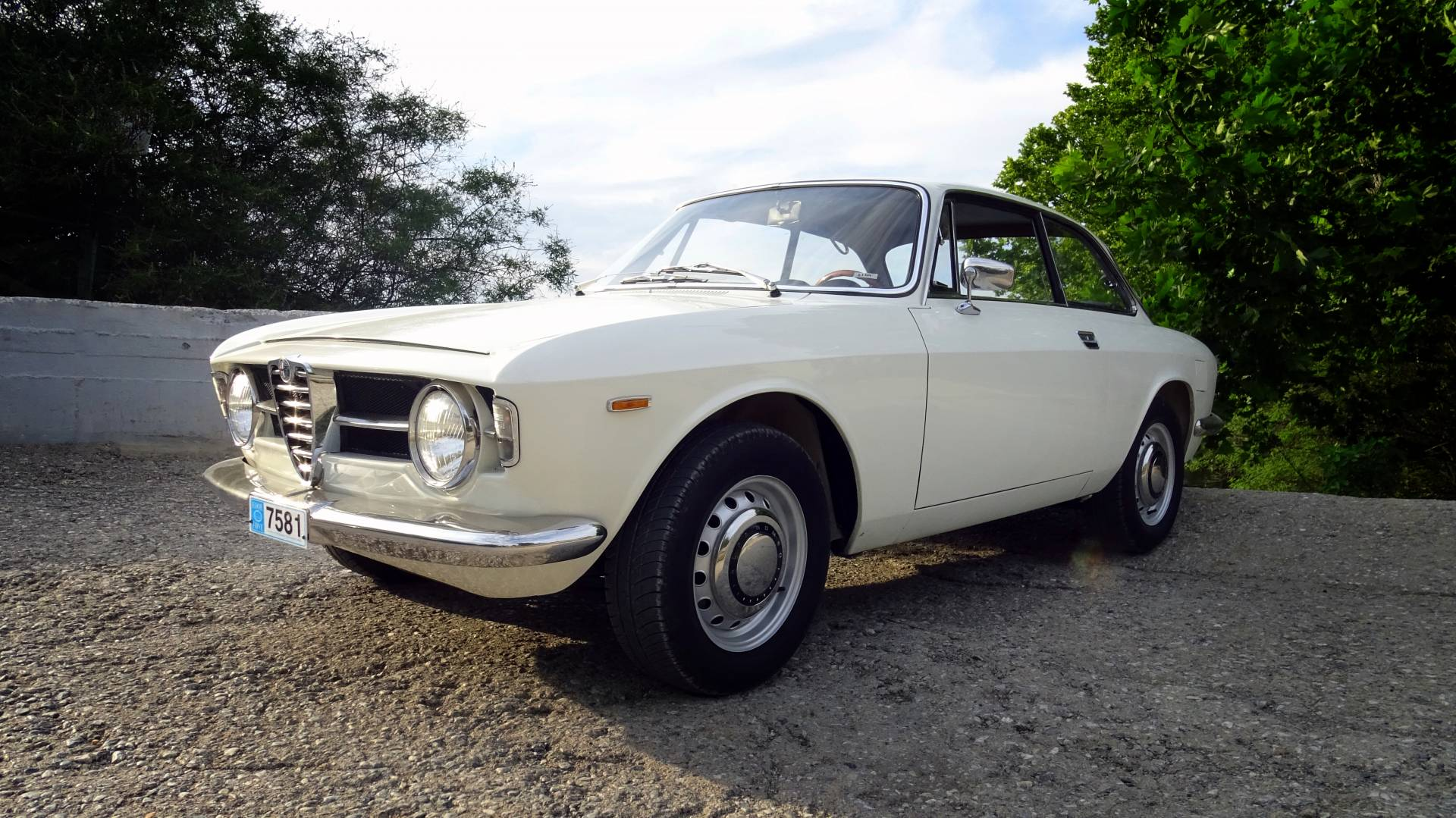 for sale alfa romeo giulia gt 1300 junior 1970 offered for gbp 28 293. Black Bedroom Furniture Sets. Home Design Ideas
