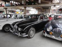 Jaguar S-Type 3.8