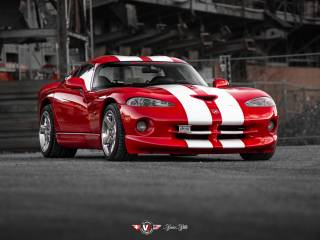 Chrysler Viper GTS