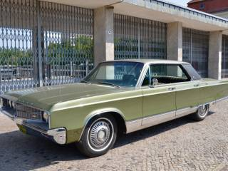 Chrysler New Yorker 440 4-Door Hardtop