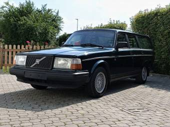 Volvo 245 Super Polar