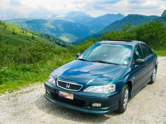 Honda Accord 1.8 i