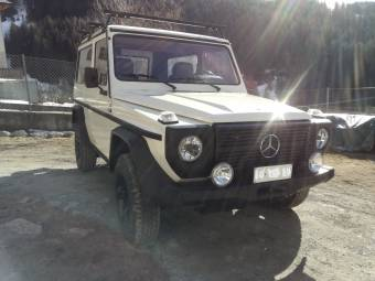 Mercedes-Benz 240 GD (SWB)