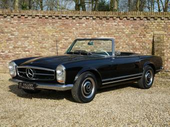 Mercedes-Benz 230 SL