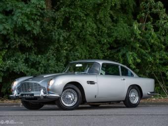 Aston Martin DB Classic Cars For Sale Classic Trader - 1964 aston martin for sale