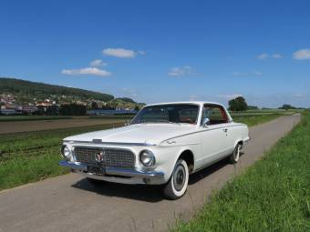 Chrysler Valiant Signet 200