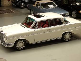 Mercedes-Benz fintail Classic Cars for Sale - Classic Trader