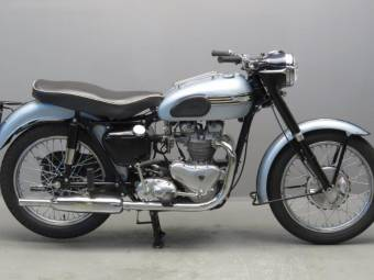 triumph oldtimer motorrad kaufen classic trader. Black Bedroom Furniture Sets. Home Design Ideas