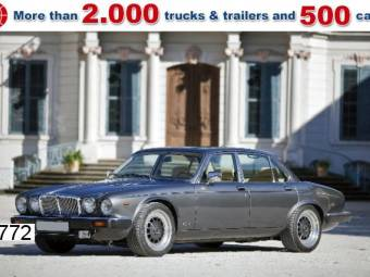 Daimler Double Six Series 3