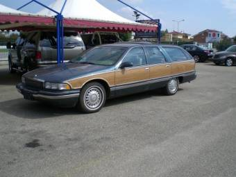 Buick Roadmaster Estate V8