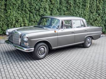 Mercedes-Benz 190 Dc