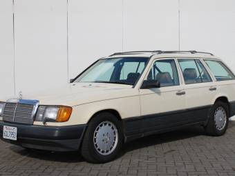 Mercedes-Benz 300 TD Turbo
