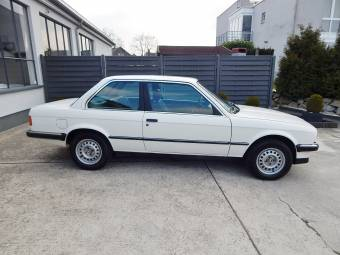 BMW Series Classic Cars For Sale Classic Trader - Bmw 318i 2 door