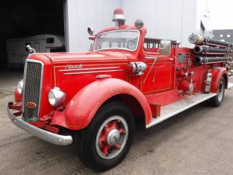 Mack Type 85 Fire Truck