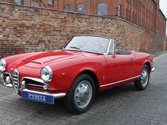 Alfa Romeo Giulia Convertible Classic Cars For Sale Classic Trader - Alfa romeo spyder for sale