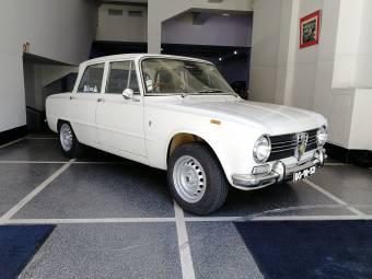 Alfa Romeo Giulia Classic Cars For Sale Classic Trader - Alfa romeo giulia 1972