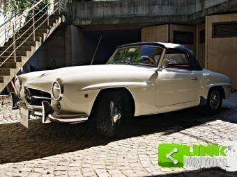 1c3c981ce0a300 Mercedes-Benz SL-Class Classic Cars for Sale - Classic Trader
