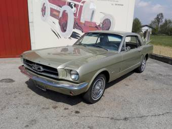 Ford Mustang 200