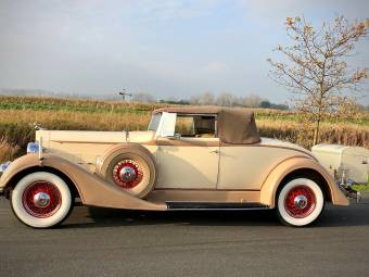 Packard Eight 1100