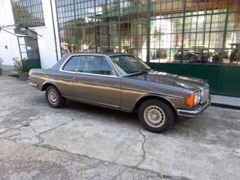 Mercedes Benz 123er Oldtimer kaufen Classic Trader