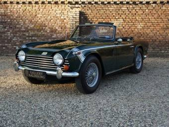 Triumph Classique De Collection à Acheter Et à Vendre
