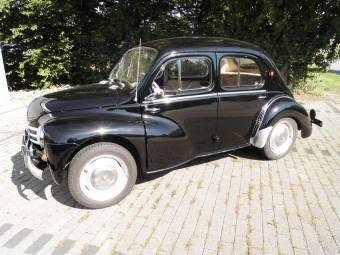 Renault d 39 epoca in vendita classic trader for Interieur 4cv