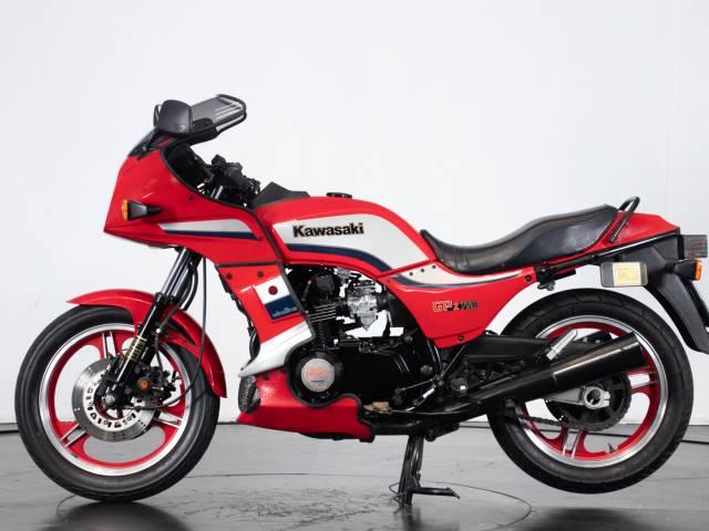 Kawasaki GPz 750 R Ninja
