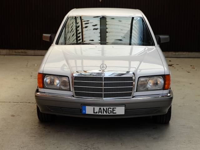 For Sale: Mercedes-Benz 420 SE (1988) offered for GBP 30,774