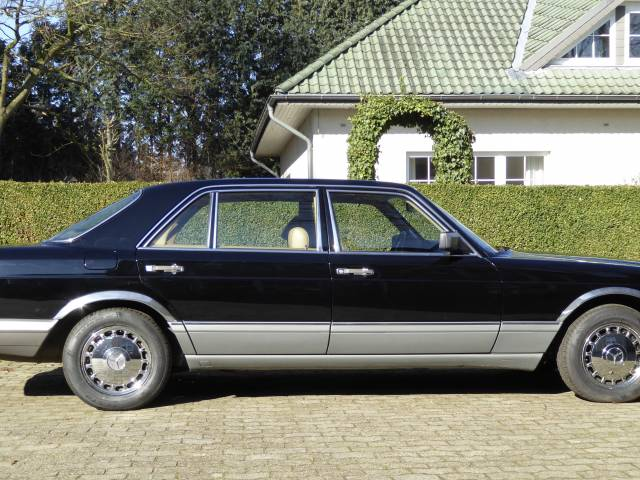For Sale: Mercedes-Benz 420 SEL (1987) offered for GBP 8,913