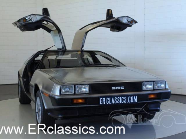 delorean dmc 12 occasion petites annonces de voitures d. Black Bedroom Furniture Sets. Home Design Ideas
