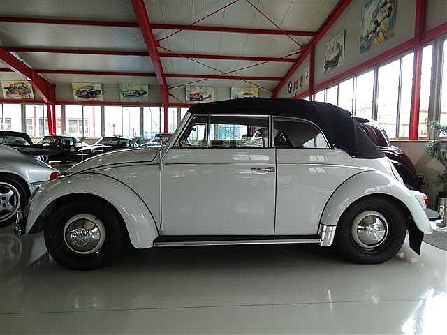 volkswagen coccinelle d 39 occasion de 1964 119 200 km 49 900. Black Bedroom Furniture Sets. Home Design Ideas