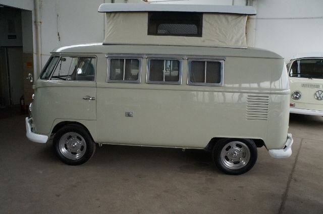 volkswagen bus d 39 occasion de 1964 61 418 km 41 900. Black Bedroom Furniture Sets. Home Design Ideas