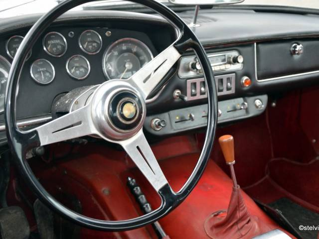 For Sale: Maserati Mistral 3700 (1965) offered for GBP 86,439