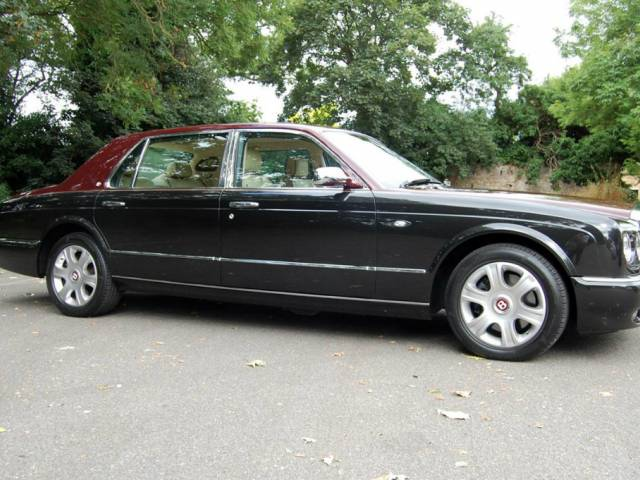 bentley arnage d 39 occasion de 2005 44 000 km 62 755. Black Bedroom Furniture Sets. Home Design Ideas